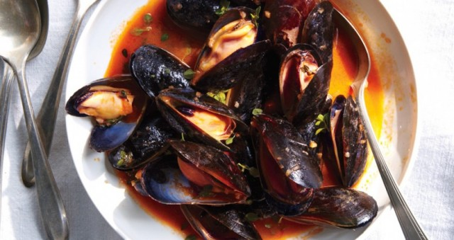03_mussels-with-white-wine-840x446